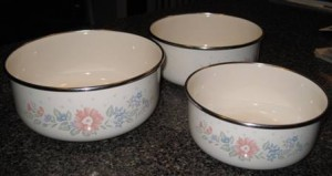 Pots for paska baking 1