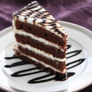Chocolate cake with cream cheese icing - one serving