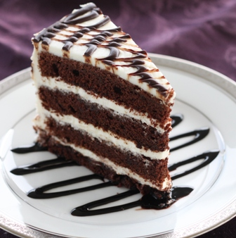 Cake With Chocolate Cream Cheese Frosting : Chocolate cake with cream cheese icing - one serving