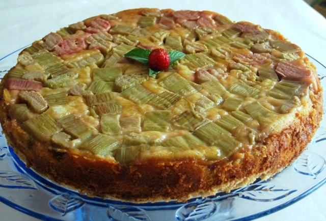 Upside Down Rhubarb Cake Recipe