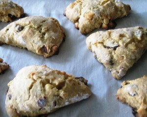 low cal scones - freshly baked