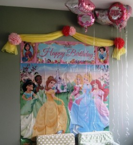 Princesses wall mural - Happy Birthday