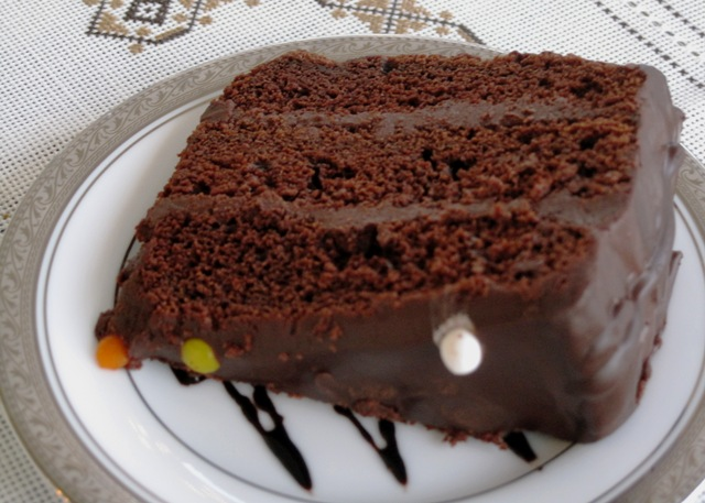 Dark Chocolate Cake with Ganache - serving 3
