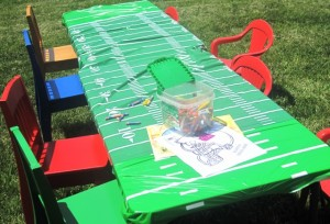 Football Field tablecloth - coloring station