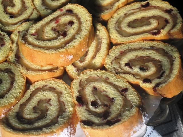 Apple and Cranbery Roll