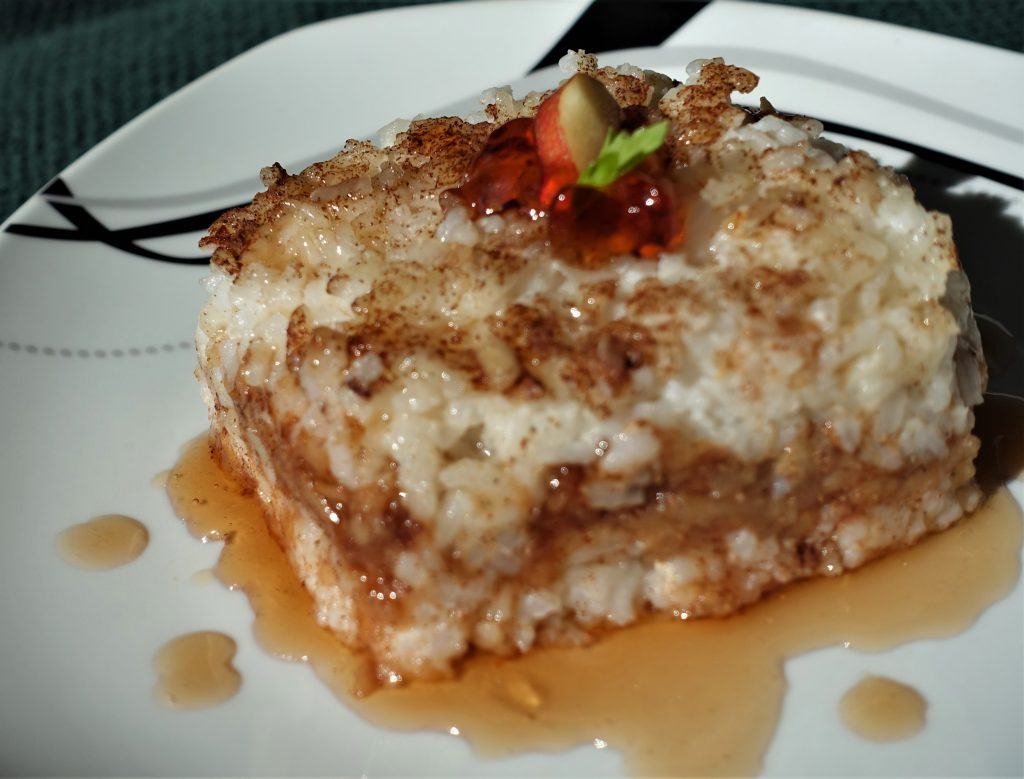 Baked Rice with Apples – European Recipe