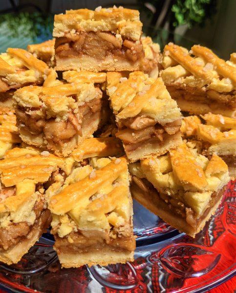 Hungarian Apple Cake – Recipe